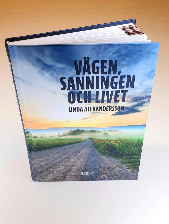 Vägen, sanningen och livet Artikelnummer 2502 via bibelbutiken.se