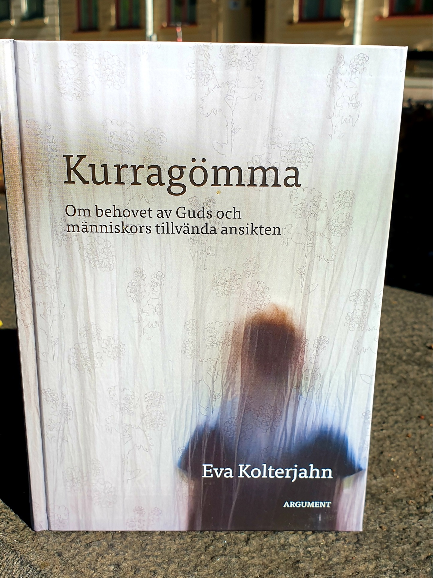 Kurragömma artikelnummer 2552 via bibelbutiken.se