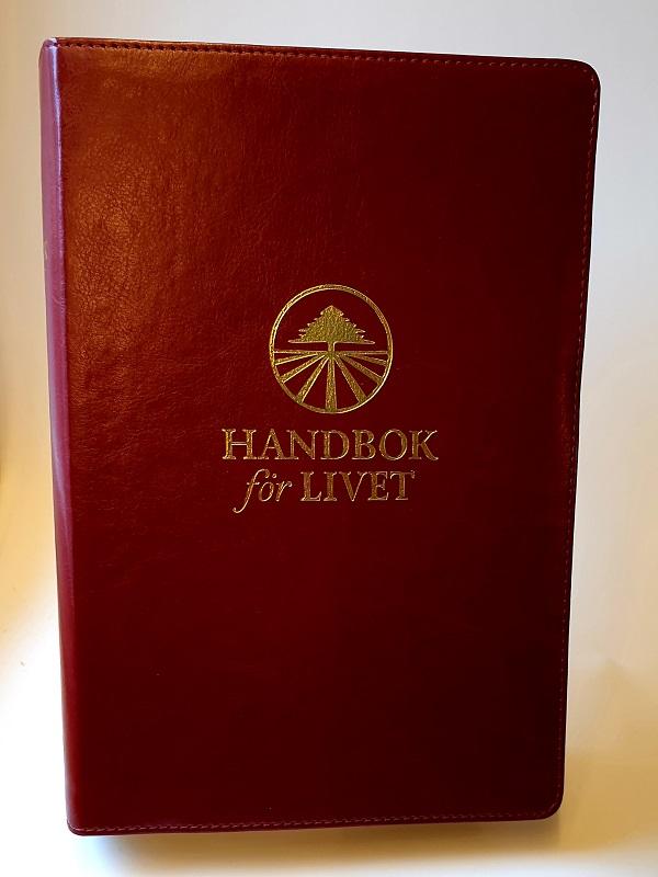 Handbok för livet röd artikelnummer 2653 via bibelbutiken.se
