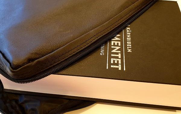 Bibelfodral extra large i skinn artikelnummer 2658 via bibelbutiken.se