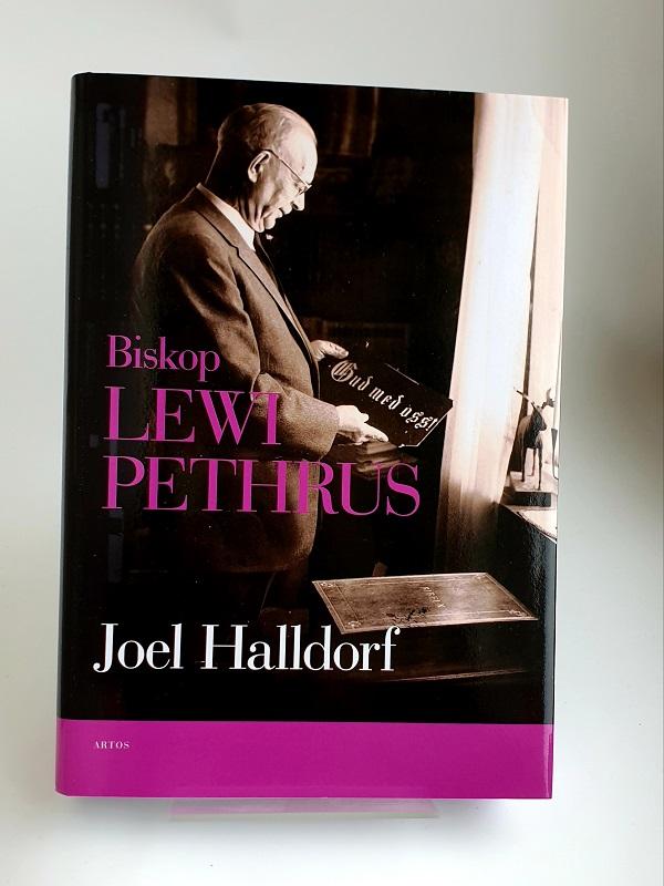 Biskop Lewi Pethrus artikelnummer 2704 via bibelbutiken.se