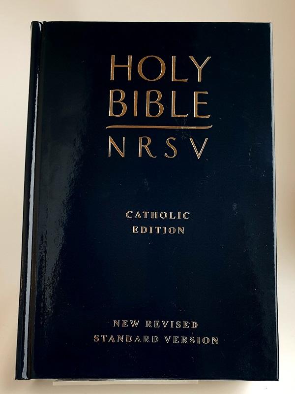 Engelsk bibel New Revised Standard Version artikelnummer 2711 via bibelbutiken.se